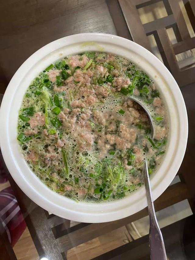 Mẹo giải cứu đồ ăn thừa sau Tết: Phở gà, bún trộn, xôi xéo... phiên bản nhà làm ngon hơn ăn hàng, đơn giản ai cũng làm được - Ảnh 4.