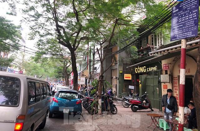 Lật tẩy nhiều bãi xe máy chém tại Hà Nội - Ảnh 1.