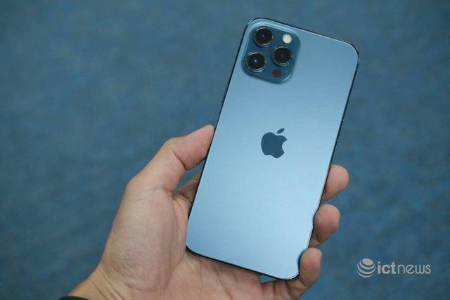 Một số mẫu iPhone tăng giá sau Tết - Ảnh 1.