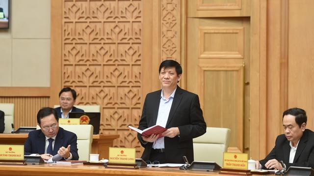Thủ tướng Nguyễn Xuân Phúc: Sớm đưa vaccine ngừa COVID-19 đến người dân trong quý I này - Ảnh 1.