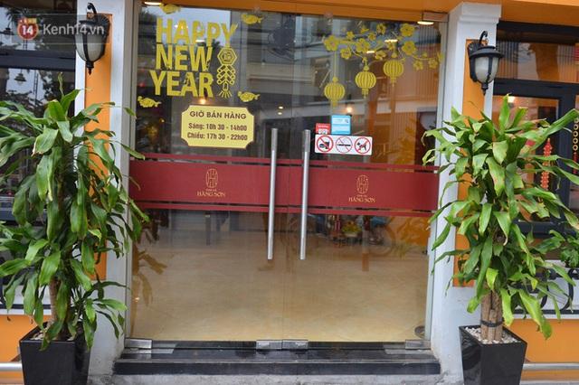 Hà Nội: Ca Covid-19 đến ăn tất niên, nhà hàng chả cá trên phố Bà Triệu phải đóng cửa - Ảnh 2.