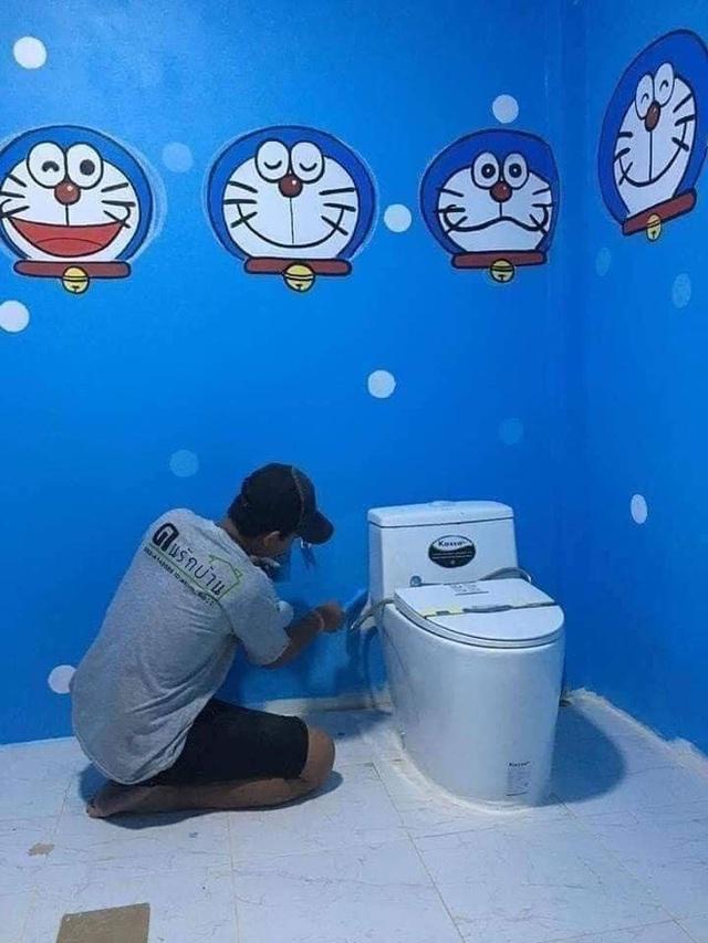 Căn nhà có gia chủ mê Doraemon khiến dân tình tranh cãi: Dễ thương hay nhố nhăng như cái vườn trẻ? - Ảnh 5.
