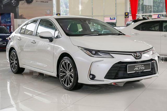 Liên tục lộ bộ phận mới, Toyota Corolla Altis 2021 rục rịch về Việt Nam đối đầu Mazda3 - Ảnh 4.