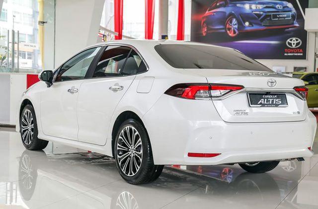 Liên tục lộ bộ phận mới, Toyota Corolla Altis 2021 rục rịch về Việt Nam đối đầu Mazda3 - Ảnh 5.