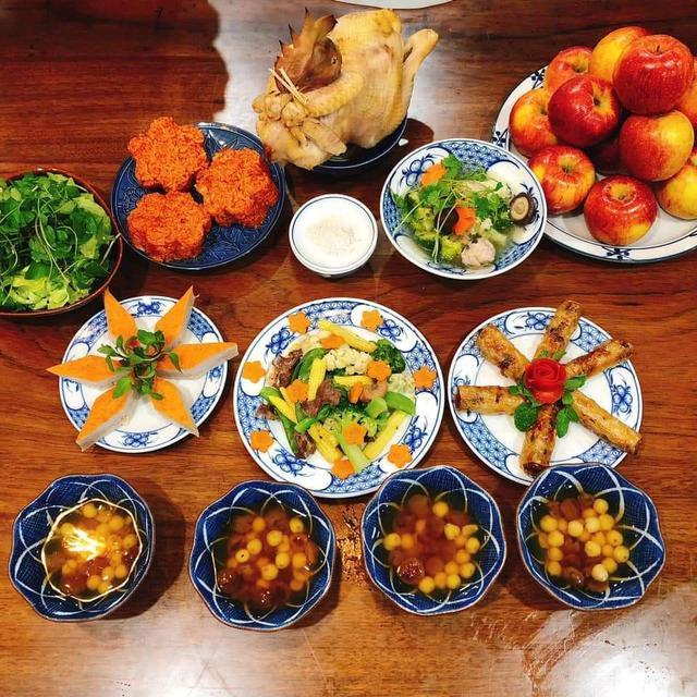 Dịch vụ đặt mâm cỗ cúng ngày Rằm tháng Giêng nở rộ mùa dịch, nhà bếp phục vụ 50 mâm/ngày - Ảnh 2.