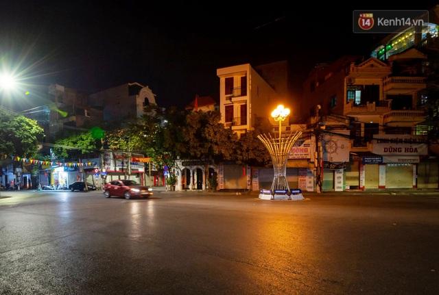 Chùm ảnh: Quang cảnh nội thành Hải Dương trong những ngày giãn cách xã hội toàn tỉnh - Ảnh 4.