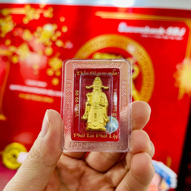 Nhẫn trơn, vàng trang sức tăng giá, khách vẫn rủ nhau mua trước ngày Thần Tài  - Ảnh 5.