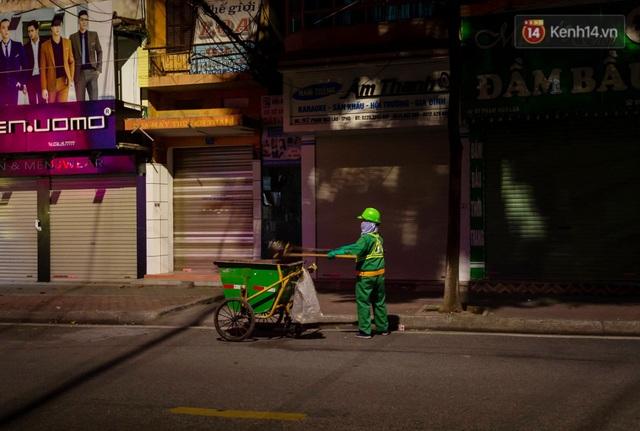 Chùm ảnh: Quang cảnh nội thành Hải Dương trong những ngày giãn cách xã hội toàn tỉnh - Ảnh 8.