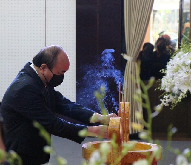 Xúc động dòng sổ tang tiễn biệt nguyên Phó Thủ tướng Trương Vĩnh Trọng - Ảnh 2.