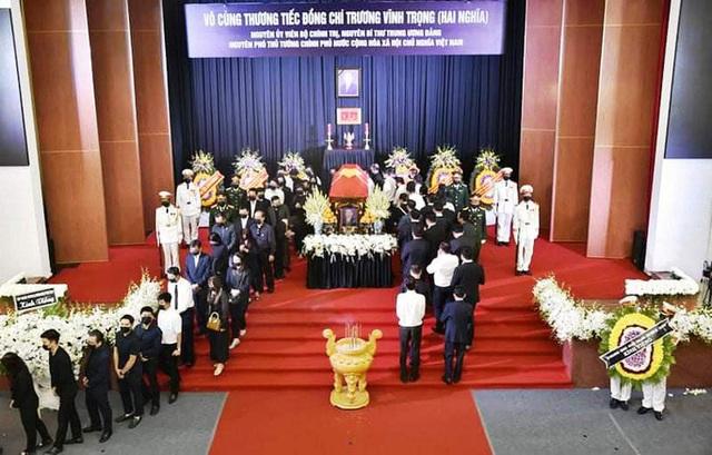 Xúc động tiễn đưa nguyên Phó Thủ tướng Trương Vĩnh Trọng  - Ảnh 2.