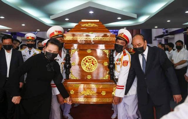 Xúc động tiễn đưa nguyên Phó Thủ tướng Trương Vĩnh Trọng  - Ảnh 9.