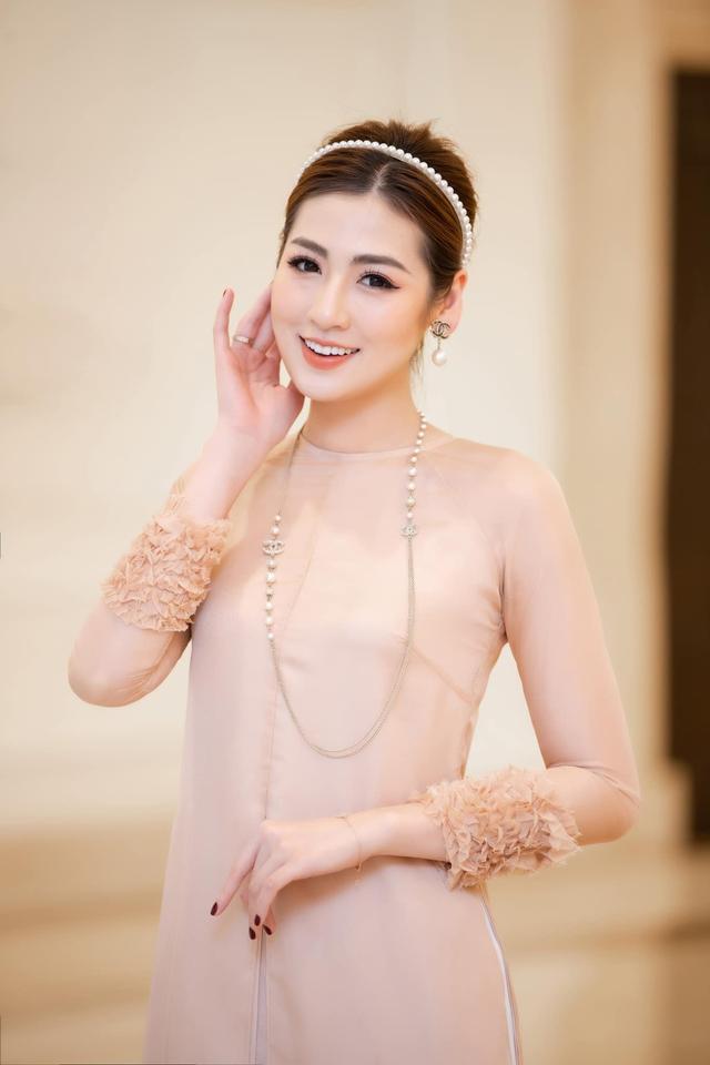 Á hậu Tú Anh kết hôn cùng thiếu gia ngành xây dựng, ở biệt thự cao cấp nhất nhì Hà thành, ngắm từng ngóc ngách càng ngưỡng mộ độ giàu sang - Ảnh 2.