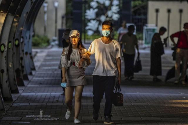 Tranh cãi về đề xuất mai mối phụ nữ thành thị với đàn ông nông thôn tại Trung Quốc  - Ảnh 2.
