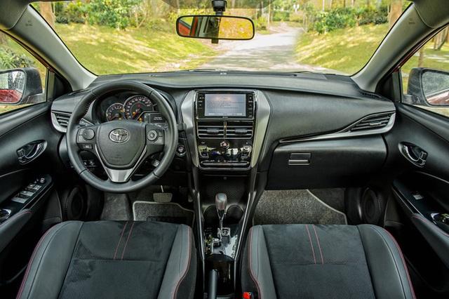 Chênh 152 triệu đồng, 4 bản Toyota Vios 2021 có gì khác, GR-S đắt nhất phân khúc có đáng mua? - Ảnh 6.
