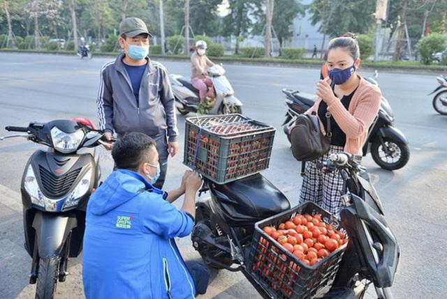 Giải cứu hàng ngàn tấn nông, thủy sản của Hải Dương, Quảng Ninh  - Ảnh 1.