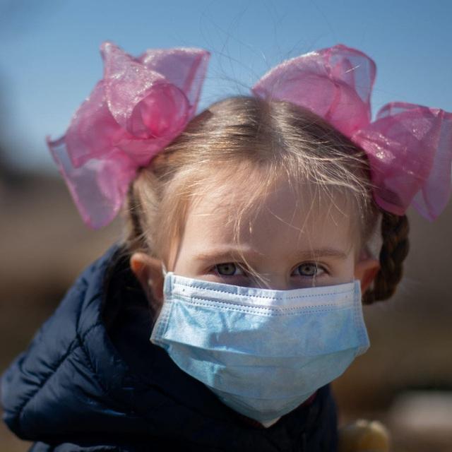 Một trẻ sơ sinh có tải lượng virus SARS-CoV-2 cao gấp 51.148 lần bình thường khiến các nhà khoa học đau đầu - Ảnh 2.