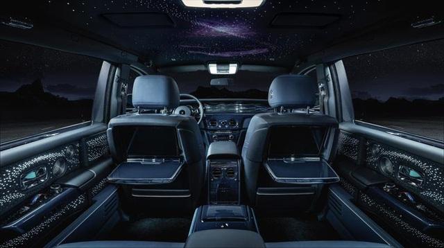 Rolls-Royce ra mắt bộ sưu tập Phantom Tempus với cả dải thiên hà huyền bí trong cabin - Ảnh 1.