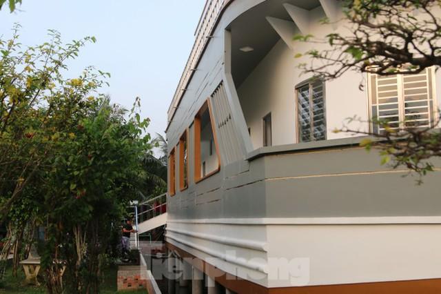 Chiêm ngưỡng căn nhà du thuyền 5 tỷ độc nhất miền Tây - Ảnh 4.