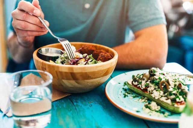 """Ăn chay không chỉ để """"dưỡng tâm"""" mà còn cực kỳ tốt cho sức khoẻ: Trước khi bắt đầu, đây là những lưu ý ai cũng cần phải biết - Ảnh 2."""
