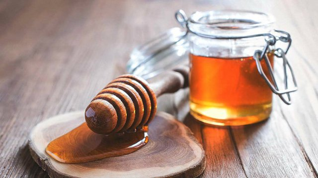 Mật ong là thuốc tiên của tuổi thọ nhưng đây là 4 thời điểm chúng trở nên độc hại cho cơ thể, nên cảnh giác khi dùng - Ảnh 2.