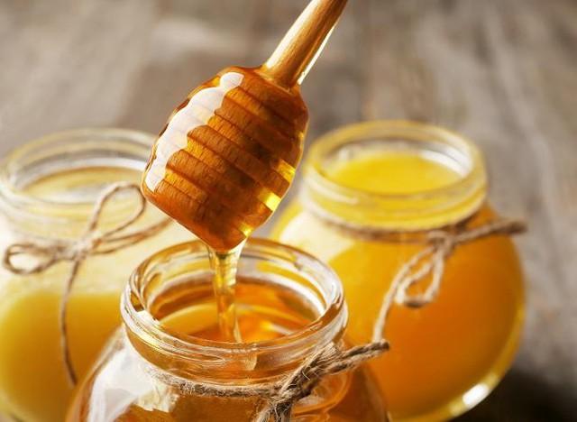 Mật ong là thuốc tiên của tuổi thọ nhưng đây là 4 thời điểm chúng trở nên độc hại cho cơ thể, nên cảnh giác khi dùng - Ảnh 4.