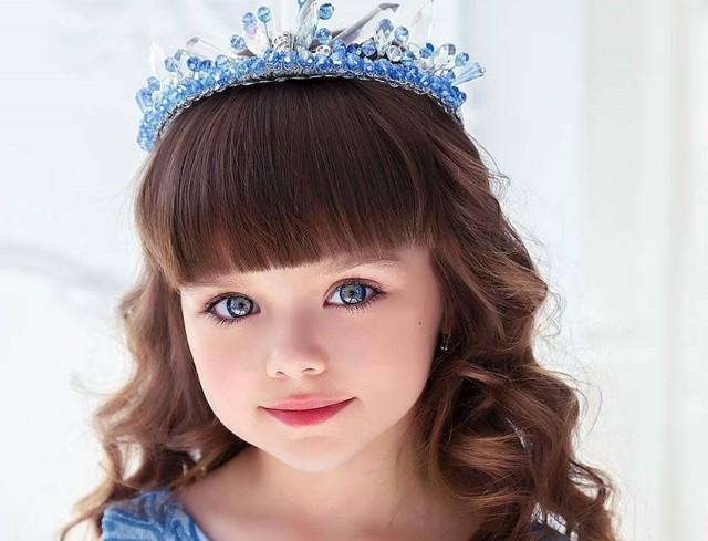 Được mệnh danh là cô bé xinh đẹp nhất thế giới với đôi mắt xanh thẳm say đắm lòng người, siêu mẫu nhí đẹp không góc chết giờ ra sao? - Ảnh 7.