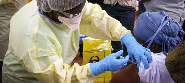 Bóng ma Ebola trở lại  - Ảnh 1.