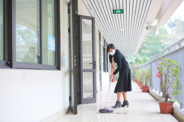 Đón học sinh trở lại, trường học ở Hà Nội trang bị phòng cách ly - Ảnh 4.
