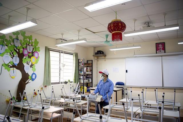 Đón học sinh trở lại, trường học ở Hà Nội trang bị phòng cách ly - Ảnh 7.
