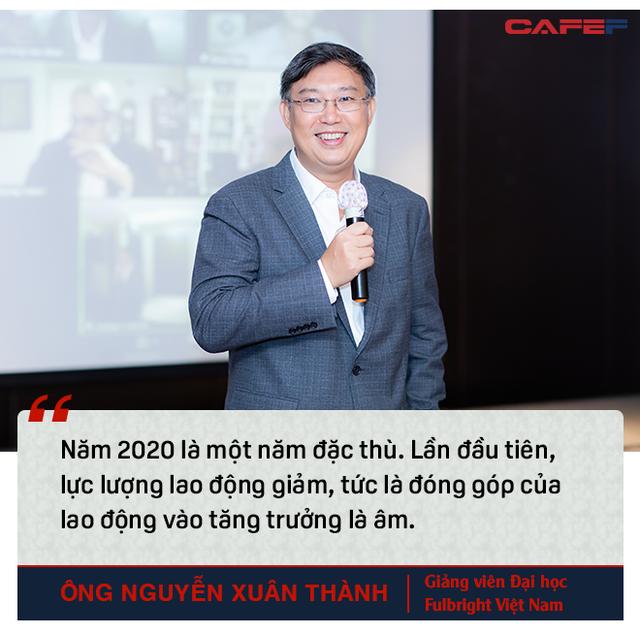 Lý giải những điểm lạ trong con số tăng trưởng của Việt Nam và góc nhìn khác về chuyện Việt Nam vượt Philippines, Singapore - Ảnh 2.