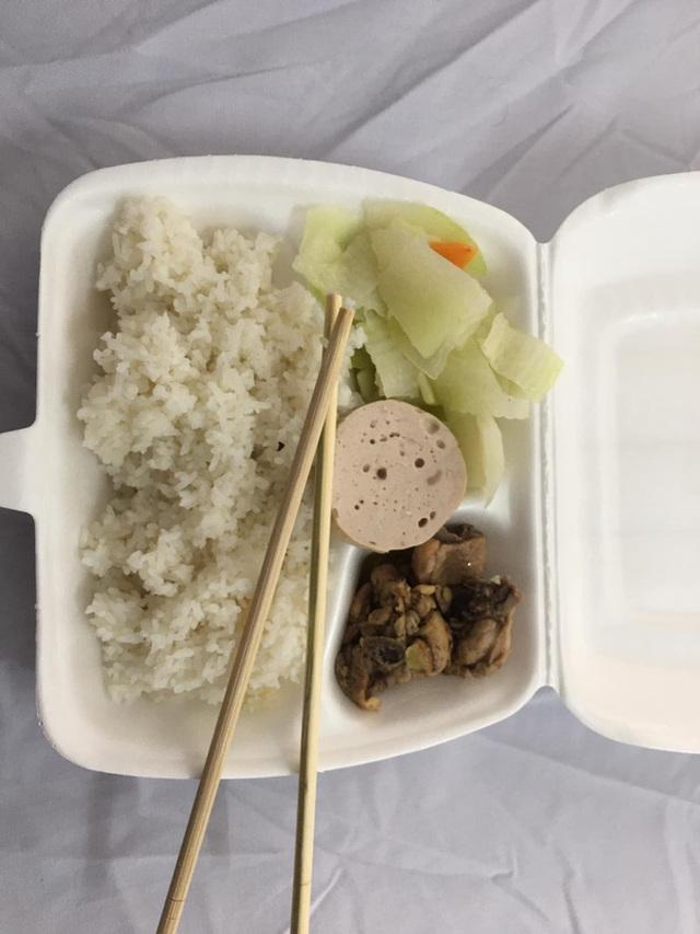 Nhật ký cách ly dễ thương của thanh niên Hạ Long: Xác định Tết xa nhà nhưng vẫn ổn, đồ ăn phần lớn rất bon mồm - Ảnh 5.