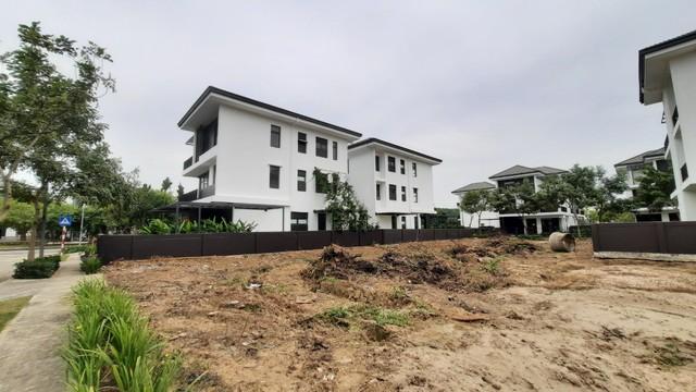 Nhiều chủ đầu tư lách luật thu tiền đặt cọc mua nhà - Ảnh 1.