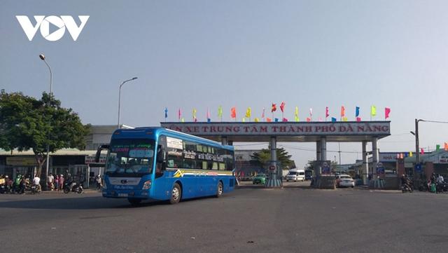 Đà Nẵng Tạm dừng một số tuyến xe liên tỉnh đi đến vùng có dịch Covid-19  - Ảnh 1.
