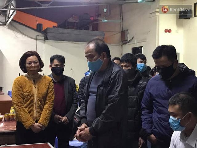 """Vụ cháy khiến 4 người tử vong ở Hà Nội, người thân chết lặng tại nhà tang lễ: """"Nhà nó chỉ có 2 anh em duy nhất thôi, ai ngờ giờ xảy ra cơ sự đau lòng như vậy"""" - Ảnh 11."""