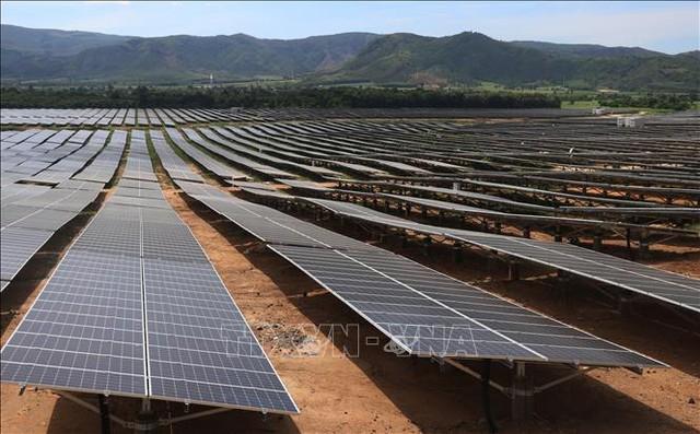 Tấm pin mặt trời hết hạn sử dụng cần cócơ chế thu nhận và xử lý phù hợp  - Ảnh 1.