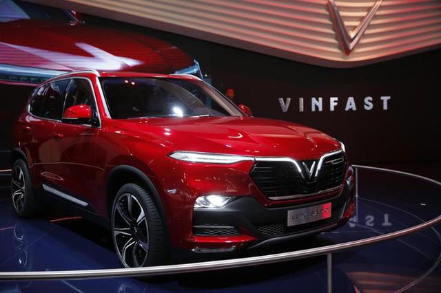 SUV của VinFast có công nghệ như Tesla nhưng giá cạnh tranh hơn - Ảnh 1.