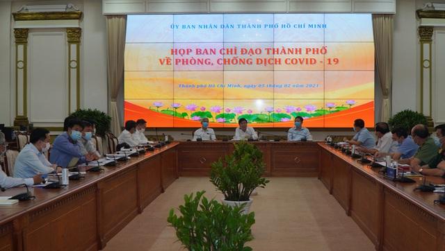 Chủ tịch UBND TP HCM ra tối hậu thư liên quan Covid-19  - Ảnh 1.