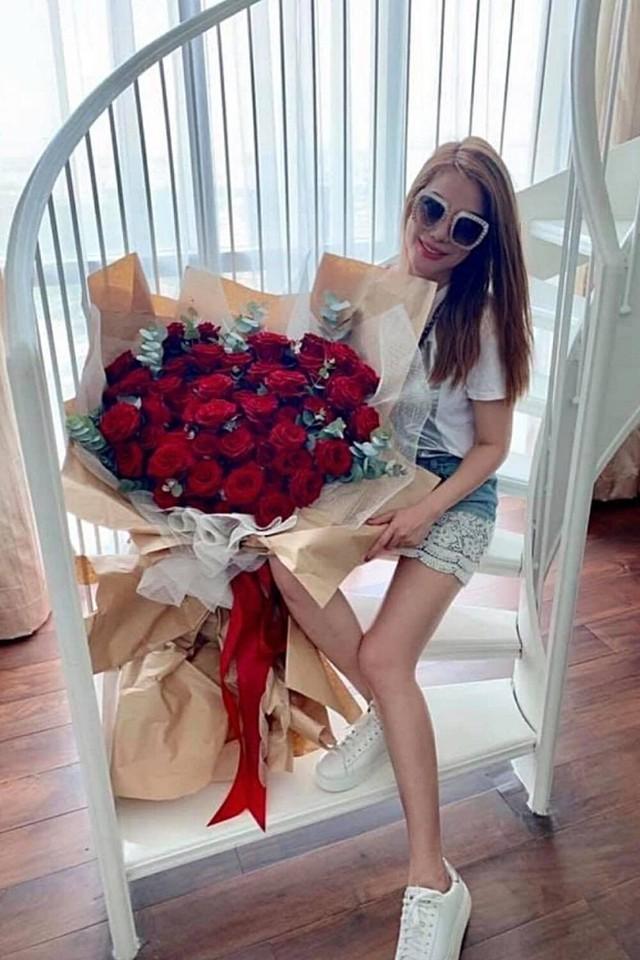 Người đàn bà đẹp mê kinh doanh Trương Ngọc Ánh: Đại gia giàu nhất nhì showbiz Việt, sự nghiệp thăng hoa nhưng vẫn luôn cần một bờ vai để được chở che - Ảnh 12.