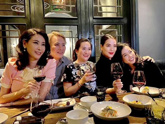 Người đàn bà đẹp mê kinh doanh Trương Ngọc Ánh: Đại gia giàu nhất nhì showbiz Việt, sự nghiệp thăng hoa nhưng vẫn luôn cần một bờ vai để được chở che - Ảnh 16.
