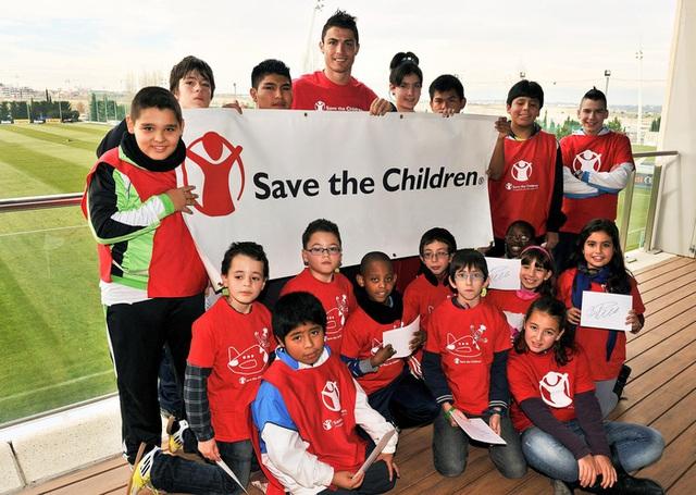 Ronaldo tuổi 36: Hành trình từ cậu bé nghèo đến triệu phú thể thao - Ảnh 19.