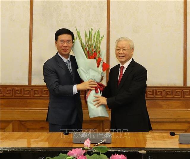 Chùm ảnh: Tổng Bí thư, Chủ tịch nước trao Quyết định phân công Ủy viên Bộ Chính trị  - Ảnh 4.