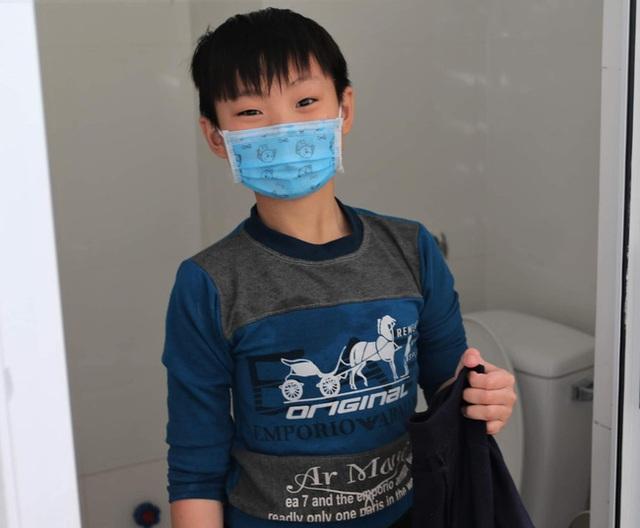 Hành trình ăn Tết ở cữ của người mẹ bé gái 21 ngày tuổi dương tính SARS-CoV-2 và nụ cười của những đứa trẻ trong bệnh viện dã chiến ở Hải Dương - Ảnh 7.