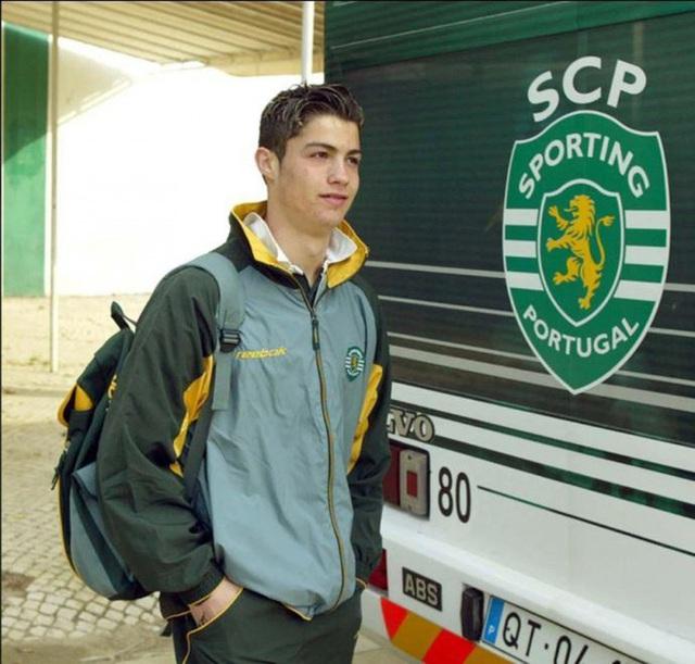 Ronaldo tuổi 36: Hành trình từ cậu bé nghèo đến triệu phú thể thao - Ảnh 8.