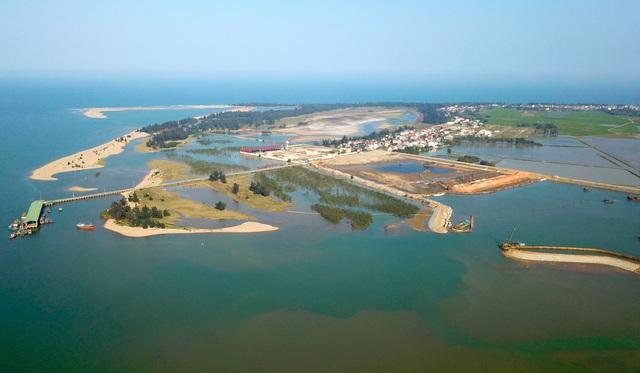 Cận cảnh cây cầu gần 1000 tỷ đồng đẹp nhất Nghệ An - Hà Tĩnh cho phép một số loại xe lưu thông dịp Tết - Ảnh 10.