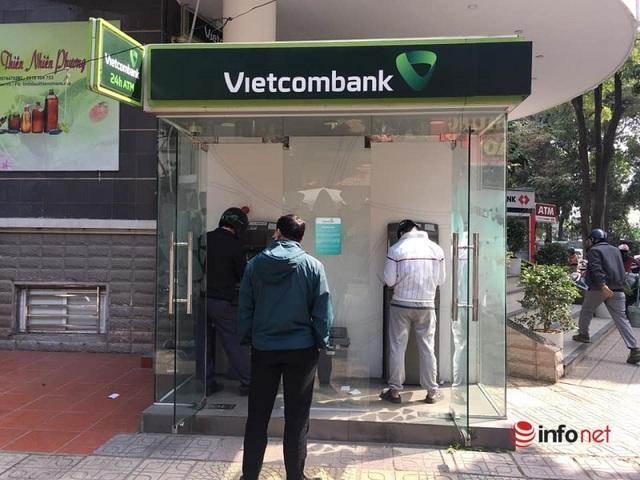 Cây ATM vắng khác thường ngày giáp Tết - Ảnh 6.