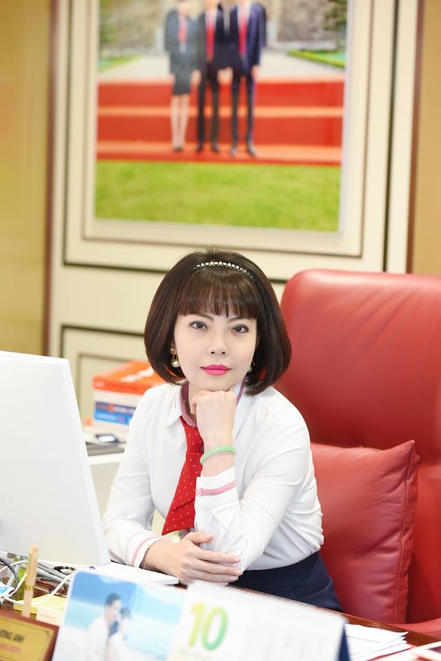 Chân dung người kế nghiệp sáng giá của Tập đoàn DOJI: Tuổi đời chưa đến 40, là chuyên gia đá quý quốc tế đầu tiên tại Việt Nam - Ảnh 2.