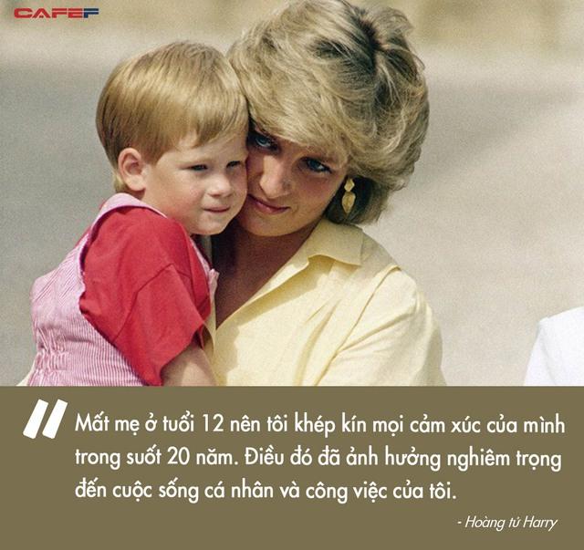 Harry Charles: Từ đứa trẻ ai cũng thương sau cái chết ám ảnh của Công nương tới Hoàng tử ếch bị cả thế giới chê cười vì để vợ dắt mũi - Ảnh 1.