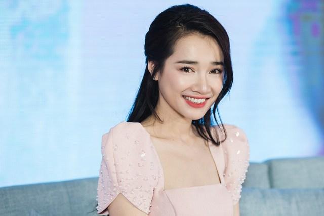 Tuổi 30 đầy thăng hoa của các mỹ nhân Việt sinh năm 90: Sự nghiệp lên như diều gặp gió, đáng nể nhất là nàng cựu hot girl nắm trong tay 2 triệu USD - Ảnh 2.