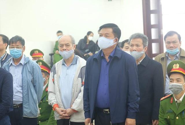 Vụ Ethanol Phú Thọ: Ông Đinh La Thăng bị đề nghị 12-13 năm tù, Trịnh Xuân Thanh 21-22 năm tù  - Ảnh 1.