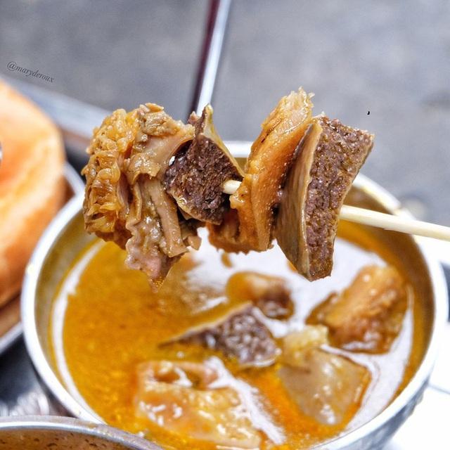 4 quán ăn núp hẻm có tuổi đời sương sương vài thập kỷ ở Sài Gòn: Ngon nức tiếng và chưa khi nào ngơi khách - Ảnh 17.